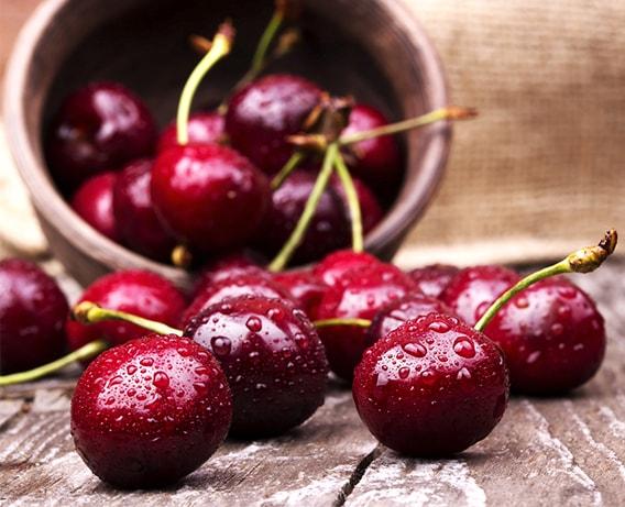 Cerejas, saborosas e benéficas para a saúde.
