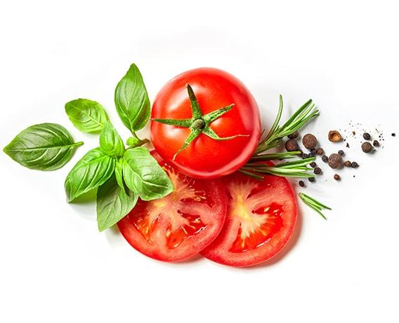 Tomate, rico em água, vitamina A e C